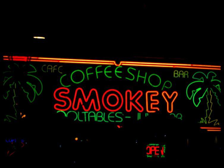 amsterdam-bar-coffee-shop-73470